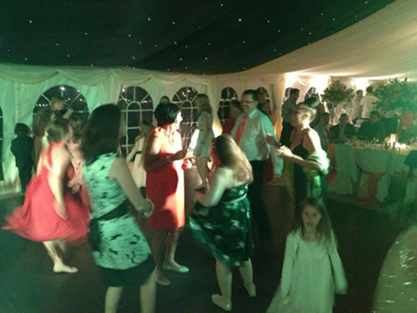 The Hot Shots | Sam and Alex's wedding | Party time!